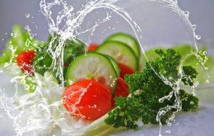 Temeljno operite voće i povrće