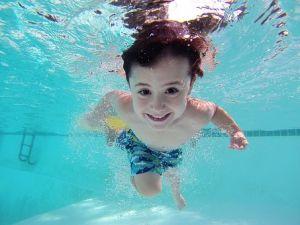 Plivanje je dobro za zdravlje dece