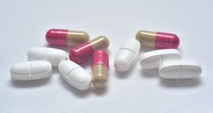 Antibiotici osim loših uništavaju i dobre bakterije, što oslobađa proctor razmnožavanju gljivica.