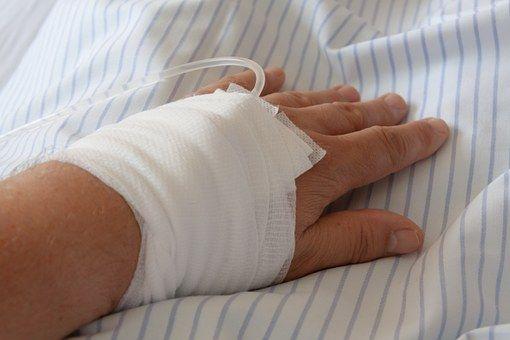 Čišćenje organizma helatima je najčešće intravenozno u medicinskoj praksi.