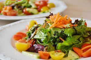 Zdrava dijeta uključuje salate