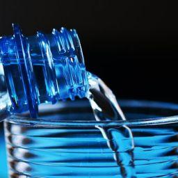 Voda sa česme ili flaširana voda?