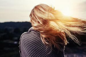 A hair and sun