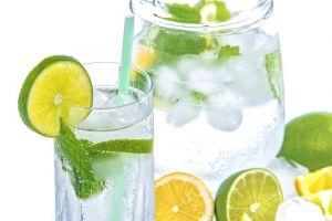 Voda sa citrusima