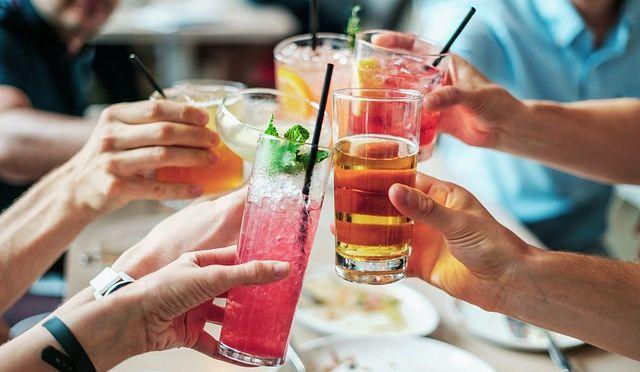 5 recepata za sveže ceđene sokove kao što su na slici