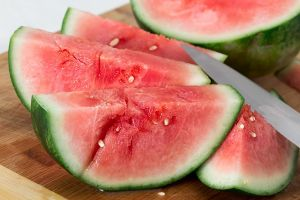 Pieces of watermelon show that there are more than 5 benefits of watermelon